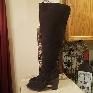 Vince Camuto Melaya Boots size 8.5